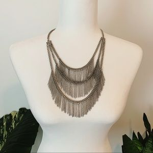 Jewelry - Gorgeous Silver Chain Statement Necklace